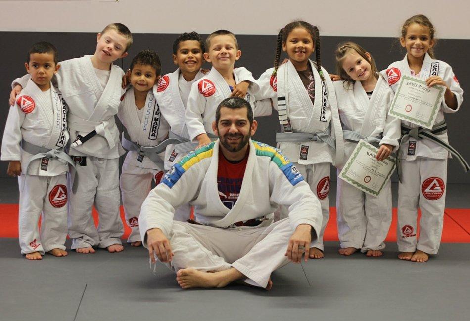 Além de auto-defesa, o que mais o Jiu-Jitsu ensina ao seu filho?