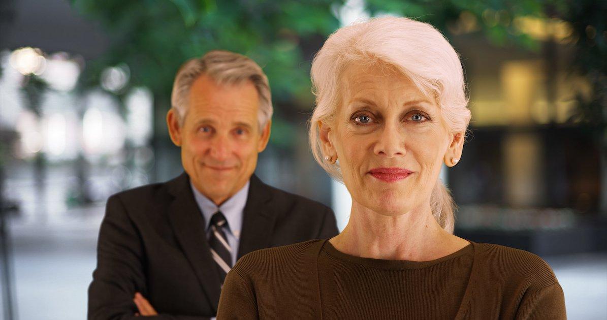 As pessoas estão envelhecendo cada vez mais tarde, mas nem sempre da mesma maneira